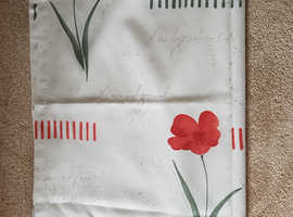 """Pair of Cotton/poly Curtains, 64"""" x 70"""" Poppy design on cream unlined"""