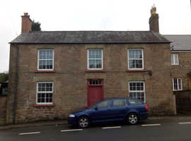 Character 3 bedroom house in Mitcheldean available mid/end October. Viewings start this w/e.