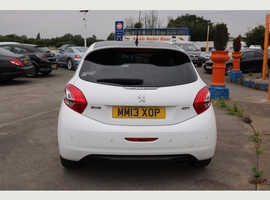 Peugeot 208, 2013 (13) White Hatchback, Manual Petrol, 47,000 miles