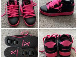 Skate Shoes (Heelys) Size 3