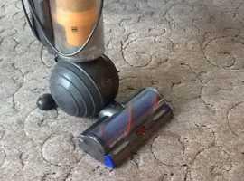 Dyson light ball vacuum cleaner