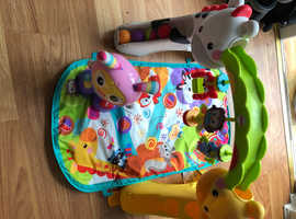 Play gym and baby TOMY Lamaze