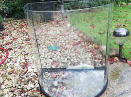 Quadrant fish tank