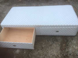 Single divan bed with 2 large storage drawers