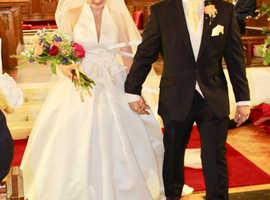 Stunning halter neck wedding dress size 8-10