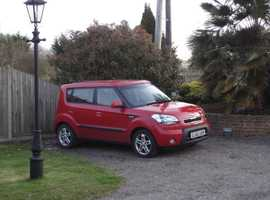 Kia Soul, 2010 (60) Red Hatchback, Manual Diesel, 88,578 miles