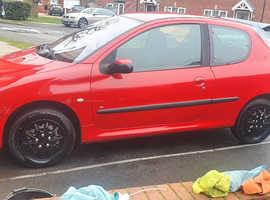 Peugeot 206, 2004 (54) Red Hatchback, Manual Diesel, 107,000 miles