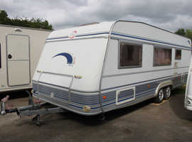 T.E.C. Travel King 2004 6 Berth Fixed Bed + Fixed Bunk Beds in Separate Room Twin Axle Caravan