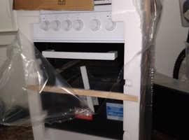 Brand new cooker beko ks350 electric