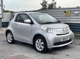 2011/11 Toyota IQ 1.0 VVTi finished in Tyrol Silver Metallic. 55052 miles