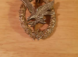 The Air Radio Operator & Air Gunner badge