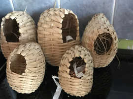 Basket nest for finches x 5