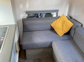3.5t horsebox/ camper with garage