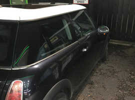 Mini MINI, 2005 (54) Black Hatchback, Manual Petrol, 199,000 miles