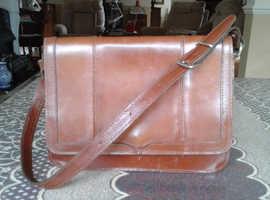 Vintage leather flap handbag