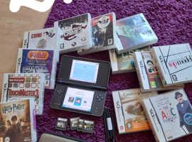 Nintendo dsi xl condole bundle
