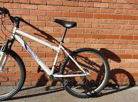 Apollo Mountain Bike with Lock and Keys