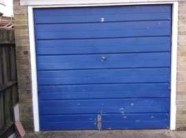 Garage to rent in SE25 - available from 1st April