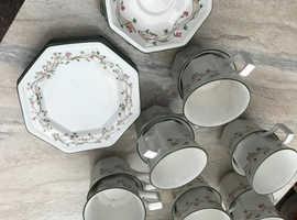 Tea service unused 6 cups, 6 saucers, 6 plates + 10 extra cups.