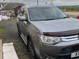 Mitsubishi Outlander, 2014 (64) Grey Estate, Manual Diesel, 79,500 miles