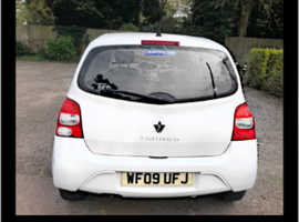 Renault Twingo, 2009 (09) White Hatchback, Manual Petrol, 8,855 miles