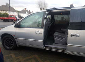 Chrysler Voyager, 2001 (X) Silver estate, Automatic LPG, 95566 miles
