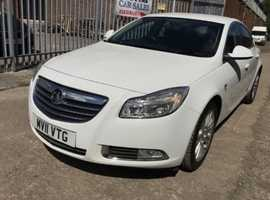 Vauxhall Insignia, 2011 (11) White Hatchback, Manual Petrol, 64,400 miles