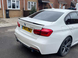 BMW 3 Series, m sport 2015 (65) White Saloon, Manual Diesel, 33,500 miles