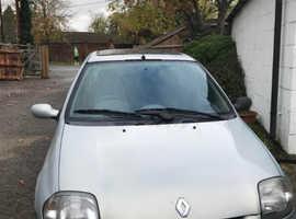 Renault Clio, 2001 (Y) Silver Hatchback, Manual Petrol, 96,919 miles