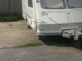 2 berth carvan