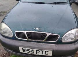 Daewoo Lanos, 2000 (W) Green Hatchback, Manual Petrol, 40,256 miles