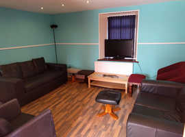 One room for rent in shared detached property in Peterhead (Aberdeenshire).