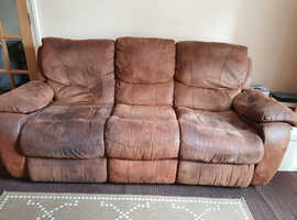 FREE Comfy 3 seater recliner faux leather needs a good home collection only
