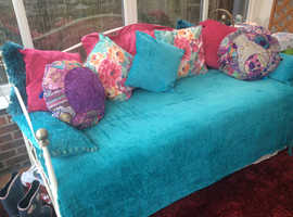Beautiful French day bed