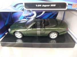 SPECIAL EDITION BROOKLANDS GREEN 1:24 SCALE JAGUAR XK8