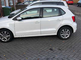 Volkswagen Polo, 2015 (64) White Hatchback, Manual Petrol, 30,000 miles
