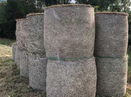 4ft round hay bales