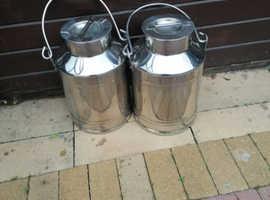 Chrome cans
