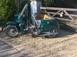 moped  trike,