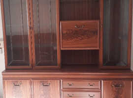 Wall unit / Display cupboard