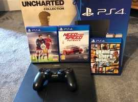 PS4 boxed with 3 games