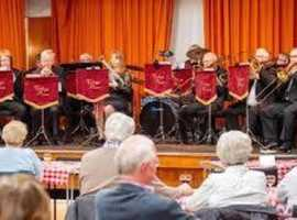 Sleaford Vintage Brass Band play some lively music, including Noel Cowards Cavalcade.