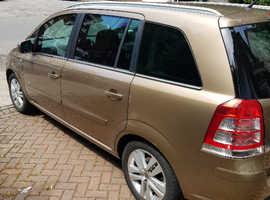 Vauxhall Zafira, 2012 (62) Gold mpv, Manual Petrol, 92300 miles