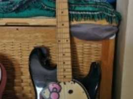 Hello Kitty edition Fender Squier Stratocaster, girls electric guitar