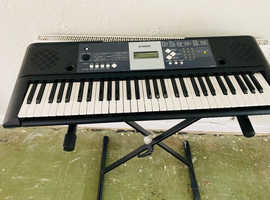 YAHAMA keyboard in a fabulous condition!!
