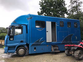 Automatic/ semi auto Iveco 2009 horsebox lorry. Lovely box plated to feb 2020