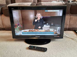 Panasonic 26 inch LCD TV with Freeview