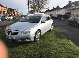 Vauxhall Insignia, 2013 (62) Silver Estate, Manual Diesel, 140,000 miles