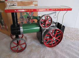 Model Steam Engine.