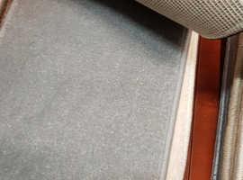 Grey carpet(new)